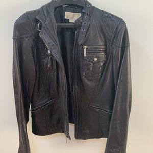Women's Black Leather Jacket - s/p